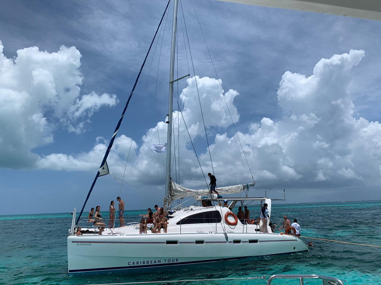 Catamaran platinum